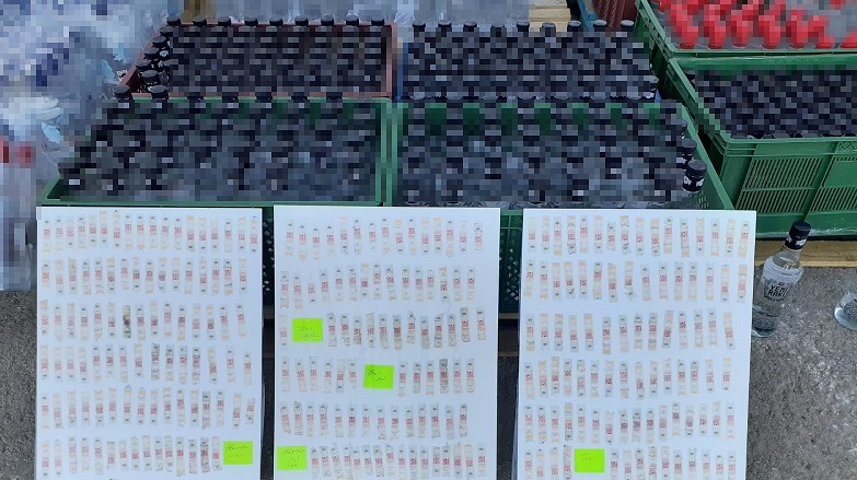 2 bin 989 şişe sahte alkol ele geçirildi