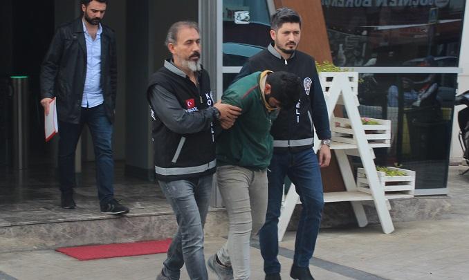 250 bin TL'lik vurgun yapan sahte polis, şantiyede çalışırken yakalandı