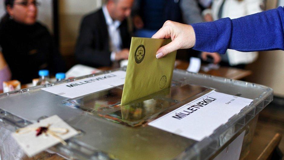CHP'den seçim barajının kaldırılması için kanun teklifi