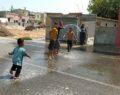 Urfa'da sıcak hava bunalttı