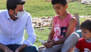 Köy okulları için tablet kampanyası