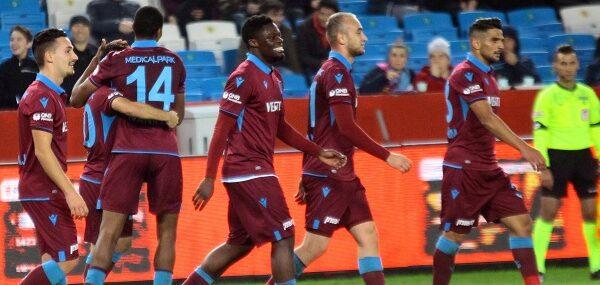 Trabzonspor farklı turladı