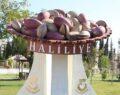 Urfa'da fıstık heykeli yapıldı