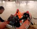 Şanlıurfa'da botla kurtarma operasyonu