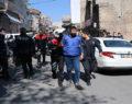 Şanlıurfa'da polise saldırı: 2 gözaltı