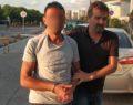 Uyuşturucuya karşı pankart taşıyan şahıs uyuşturucu ile yakalandı