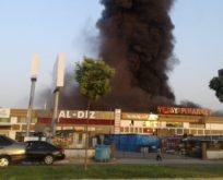 Şanlıurfa'da yapı markette büyük yangın
