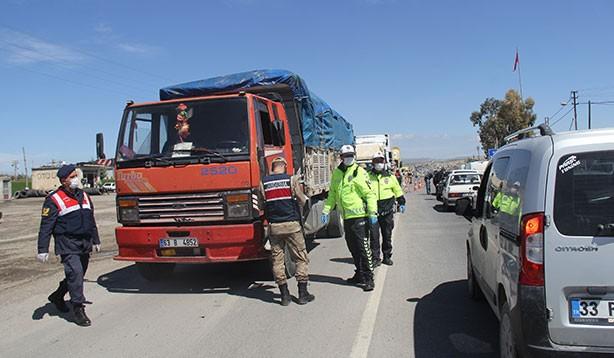 Şanlıurfa'da araç giriş ve çıkışları kapatıldı