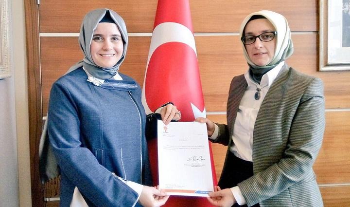 Kadın Kolları'nın yeni başkanı görevi devraldı