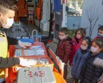 Çocuklara ambulans hizmetleri tanıtıldı
