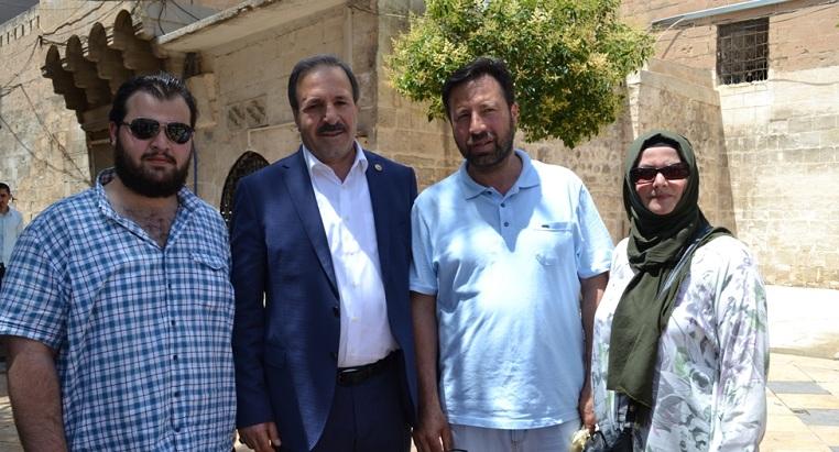 Özcan,Esnafı ve vatandaşları ziyaret etti