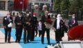 Cumhurbaşkanı Erdoğan 15 Temmuz Şehitler Abidesi'ne çiçek bıraktı