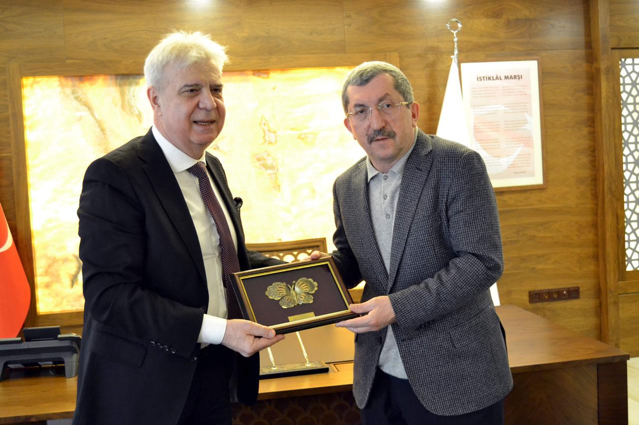 Makedonya Devlet Bakanı Kahil'den Başkan Vergili'ye Ziyaret
