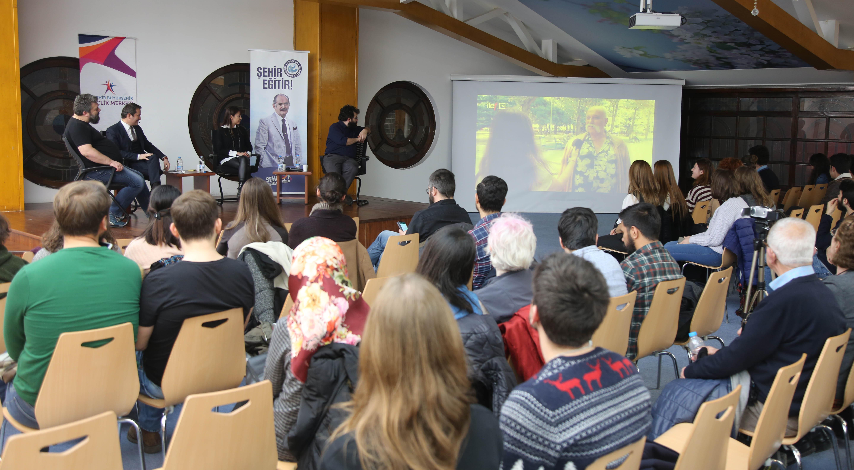Büyükşehir'den 'Dijital Gelecek mi?' Semineri