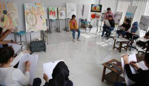 Genç ressamlar hayallerine, Haliliye belediyesi ile hazırlanıyorlar