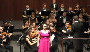 Senfoni orkestrası konserlerine yoğun ilgi
