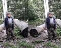 Ağacın altında kalan iki kardeşten biri öldü