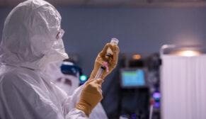 Mevcut aşılar 'delta plus' mutasyonuna karşı da etkili mi?