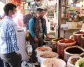 Şanlıurfa'da kısıtlamanın sona ermesiyle yoğun alışveriş başladı