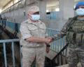 Türk ve Rus askeri yetkililer Suriye halkı için el sıkıştı
