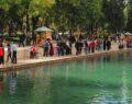 Vatandaşlar güzel havada Balıklıgöl'e akın etti