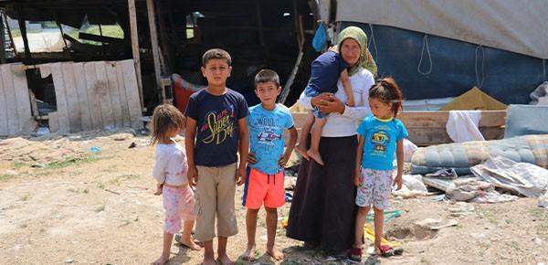 Çadırda yaşayan tarım işçisi aileye ASKİ'den borç şoku