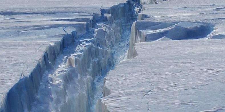 Antarktika'nın buzulları altında gizemli bir enerji kaynağı bulundu