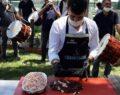 Şanlıurfa'da ciğerciler müşterilerini davul zurna ile karşıladı