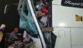 TEM Otoyolu'nda yolcu otobüsü kamyonla çarpıştı: Çok sayıda yaralı var