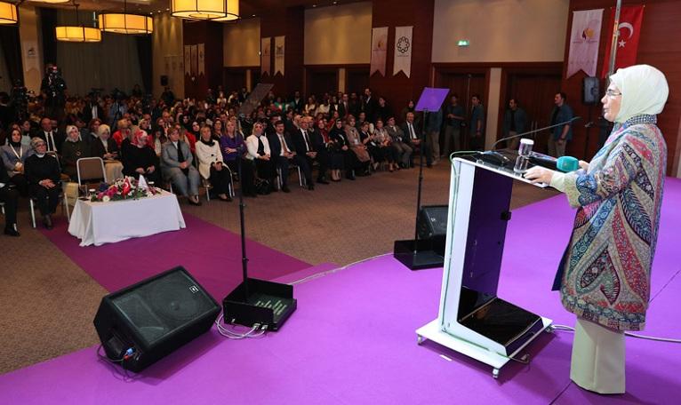 """""""Türk, Kürt, Arap ayrımı yapmadan, umutsuzluk ve korkuyu bu topraklardan sileceğiz"""""""