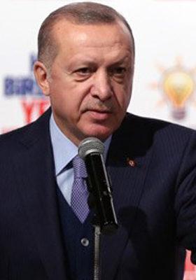 """""""İstanbul'a Hizmet Etmek Bir Büyük Davaya Hizmet Etmektir"""""""
