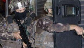 FETÖ/PDY operasyonu: Biri polis 12 kişi gözaltına alındı