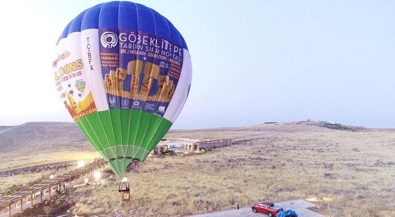 Şanlıurfa'da, UNESCO Dünya Mirası Listesi'nde yer alan Göbeklitepe'de ilk sıcak hava balonu havalandı