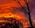 Gökyüzü kızıla boyandı