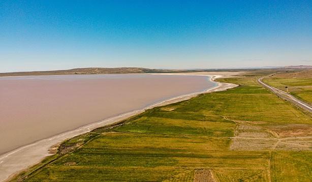 Tuz Gölü pembe renge dönüştü