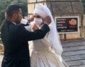 Evlenen çifte arkadaşları para yerine maske taktı