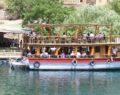 Halfeti yerli ve yabancı turistlerin akınına uğradı