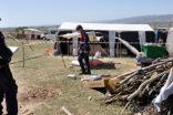 Urfalı aile yaşadıkları çadırda karantinaya alındı