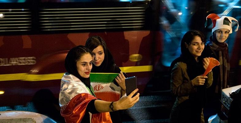 İran'da Dünya Kupası için statlar kadınlara açılacak