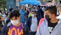 Kısıtlamaya saatler kala vatandaş sokaklara döküldü