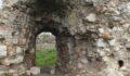 Tarihî kalenin surlarından yüz yıllardır süt akıyor
