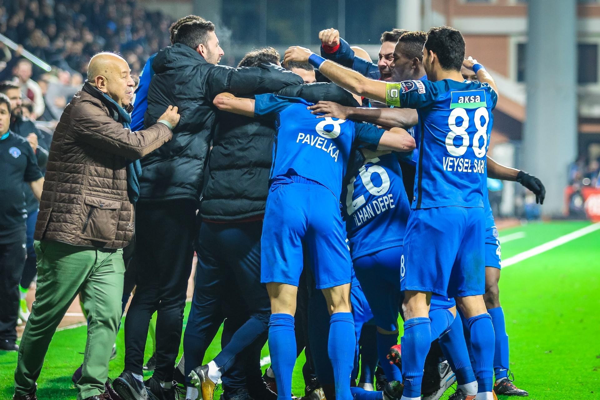 Liderlik bir hafta sürdü! Kasımpaşa 2 – Galatasaray 1