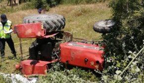 Traktörün altında kalan sürücü öldü