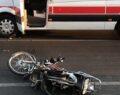 Ambulansla motosiklet çarpıştı: 1 ölü
