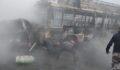 Yolcu otobüsü ile kamyon çarpıştı: 13 ölü, 17 yaralı