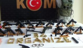 Haraç toplayan çeteye operasyon: 31 gözaltı
