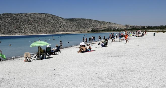 Belediye Başkanı Ercengiz'den açıklama, Salda Gölü buharlaşıyor mu?