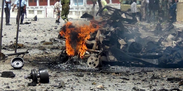 Somali'de bombalı saldırılar: 18 ölü,20 yaralı
