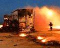 Şanlıurfa'da kargo yüklü tır alev alev yandı