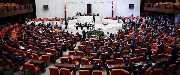 Erken seçim teklifi Meclis'te kabul edildi